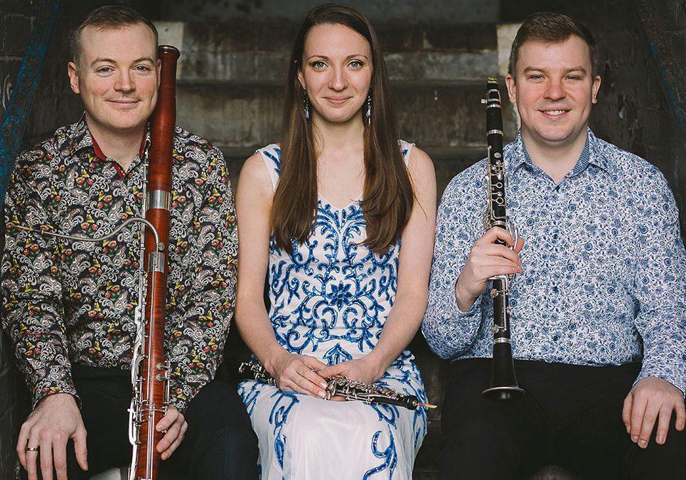 Trio Volant